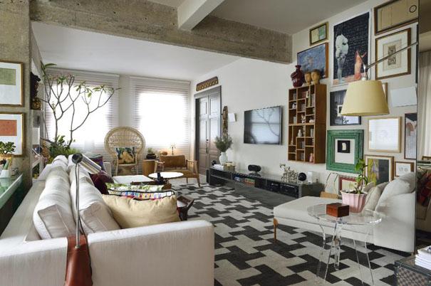 Arquiteto Thiago Manarelli apresenta seu apartamento em Salvador, na Bahia