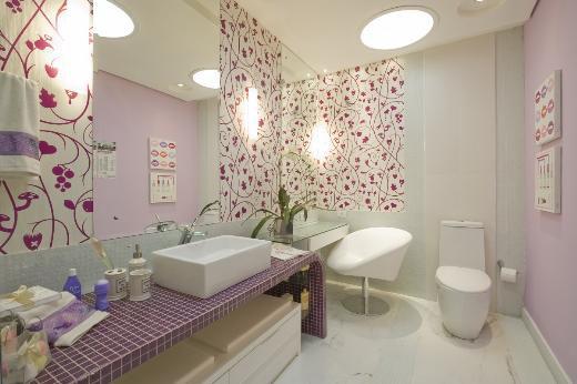 Banheiro exclusivo mostra a moça delicada e independente  Guia Construir e R -> Decoracao Banheiro Jovem