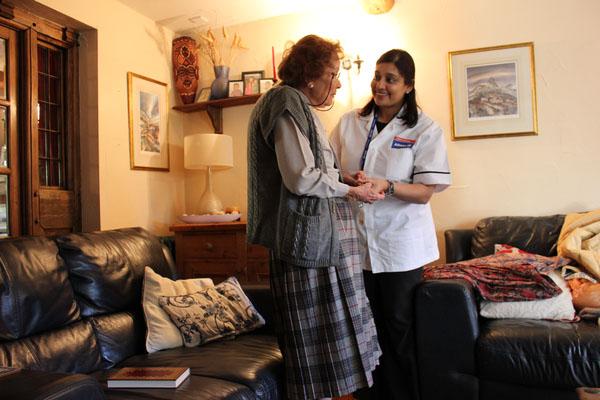 Check-up residencial minimiza os riscos de acidentes com idosos