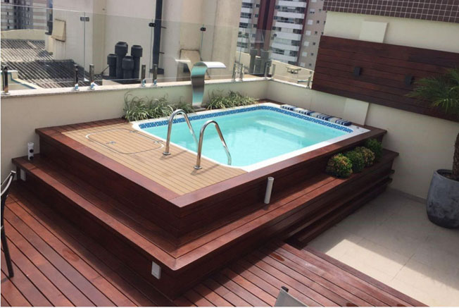 Piscina Singapore é ideal para apartamentos pois dispensa obras civil