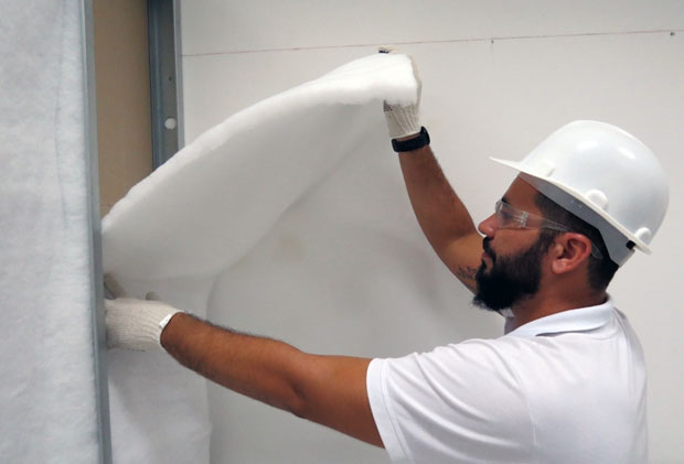 Trevo Drywall fornece lã de PET ecológica